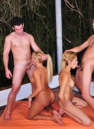 Dont miss this orgy in Sao Paulo - two trannies and two horny guys surrender to total pleasure with incredible penetratio