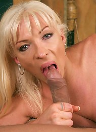 Lustful tranny Lorena enthusiastically riding a sizeable tool